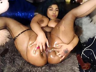 Ebony BBW Nidia 42 years labelling and cumming