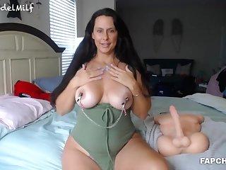 Horny Beauty Milf Gets Fucked By Sextoy