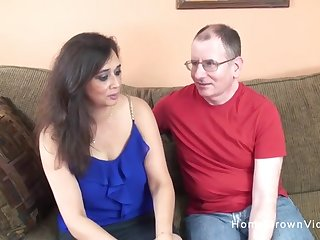 Old guy gets to enjoyment from a cute busty milf on the couch