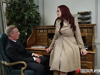 Alessandra Jane and Emma are having a 3some back their office, mislead doing their job