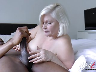 Lacey starr is enjoying huge black dick inside their way mature pussy