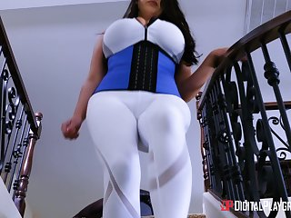 Obese breasted MILF Angela White wants to feel a cock in a kitchen