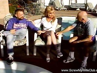 Alfresco Threesome Swinger Blonde MILF