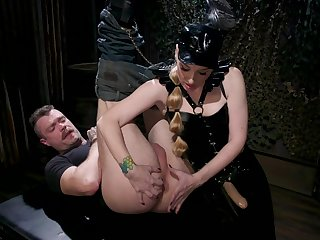 Hot female ass fucks slaved man in inexact modes then switches places