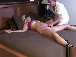 Blindfold Bondage beside an increment of Play beside Her Pussy