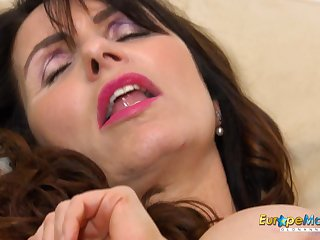 European MILF Exciting Josephine and their way vibrating toy